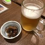 焼とり居酒屋飛鳥 - 料理写真:ビールとお通し