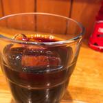 カレーハウス キラリ - サービスのアイスコーヒー