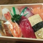 みゆき寿司 - にぎり(並) 税込1,100円(2018.10.01)