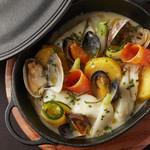ナミキ667 - 鮮魚のブレゼ コトリヤード仕立て ムール貝 浅利 季節野菜