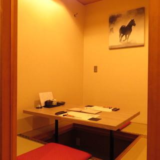 上質な雰囲気を楽しめる個室もご用意