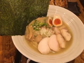 濃厚鶏麺 ゆきかげ
