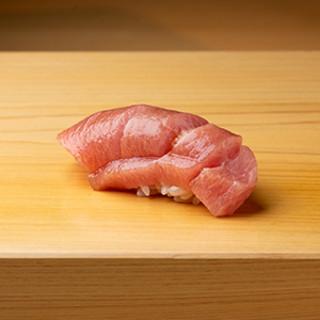 伊勢の新鮮魚介を、確かな技術で昇華させる