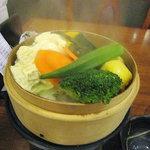 仙石原品の木一の湯 - 彩り野菜と湯葉のセイロ蒸し