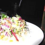 レガーロ - セットのサラダにしては、かなりデカ盛!!