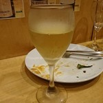 なんちゃってイタリアン縁 - グラスワイン白