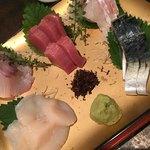 タオ - 刺身五点盛りー新鮮で美味しいよ!