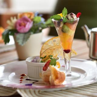 日本料理総料理長・礒野博善、洋食シェフ・林健一が作り出す料理