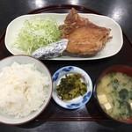 鶏の白石 - 唐揚もも定食(600円)