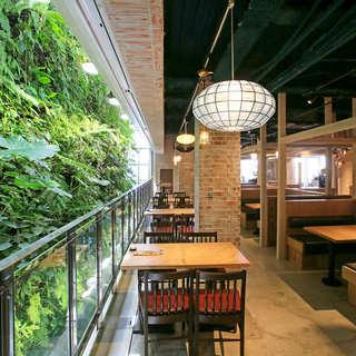 ◇自然を肌で感じる◇南国リゾート気分でオシャレに食べ・飲み!