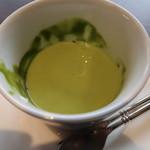 ジュヴァンセル - 抹茶ソース+ホットミルク