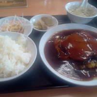 香迪 - 豚角煮定食です。580円。ご飯おかわり無料です。
