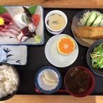 ダイ平 - 刺身定食