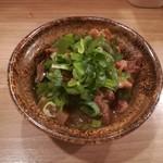 餃子と唐揚げの美味しいお店 肉玉屋 - 土手焼き!