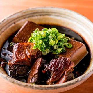 シナトラ名物!『肉豆腐』