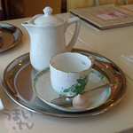 カフェ プラド - インドネシア産 マンデリン ポット』 680円