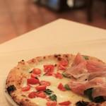 ナプレ - ピザはハーフ&ハーフにできます