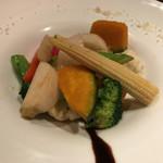 丿貫 - 丿貫(十数種類の彩り野菜の温サラダ)