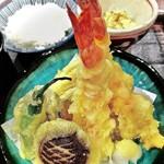 お料理 御厨 - 海老2本と季節の野菜の揚げたて天麩羅(夜定食)