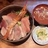 激魚 兼六 - 料理写真:海鮮丼 ¥960