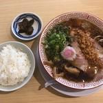 93844567 - 中華そば+白ごはん(漬物付) 750円(税込)
