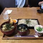 弥五郎 - ざるとミニ天丼セット907円!