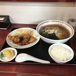龍鵬 - サービス定食。 税込850円。 美味し。