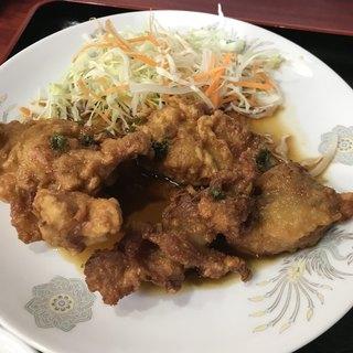 龍鵬 - 鶏の唐揚げ 龍鵬ソースかけ。 美味し。