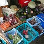 ケースタイル - 入り口にある無人野菜直売所