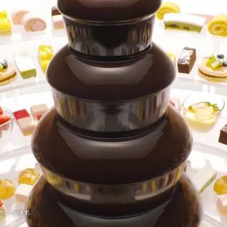 嬉しいデザート☆彡食べ放題!チョコファウンテン♪