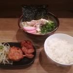 餃子と唐揚げの美味しいお店 肉玉屋 - ランチAセット!