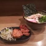 餃子と唐揚げの美味しいお店 肉玉屋 - ランチCセット!