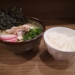 餃子と唐揚げの美味しいお店 肉玉屋 - ランチDセット!