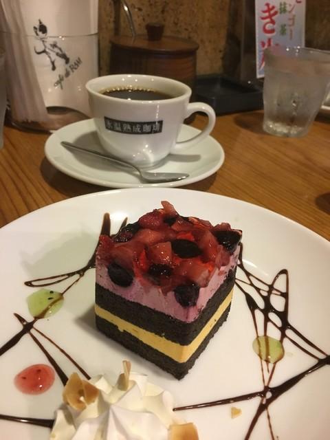 カフェ ド ラム 下通り店 - ケーキセット