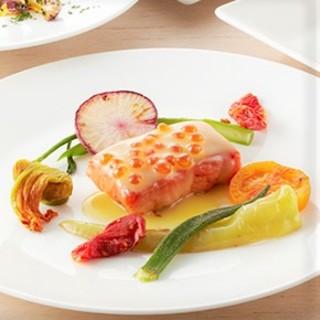 【魚介料理】季節の魚介を多様な調理でお楽しみいただけます