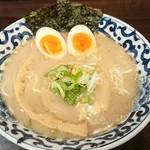 93862514 - 豚骨魚介煮玉子塩らー麺