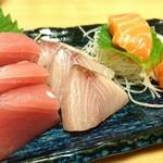 産直仕入れの北海道定食屋 北海堂 - 本日のお刺身盛り合わせ 780円