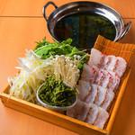 生海苔とあおさ海苔の鯛鍋