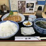 豊福 - とんかつ定食、ご飯大盛りでもこれで750円なんですよ!(2018.10.3)