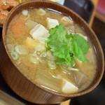 動坂食堂 - 豚汁(400円)2018年9月
