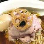 93876426 - 鶏と水 味玉付(醤油 890円)