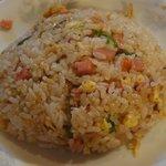 楼蘭 - 炒飯 ※定食にご飯でなく、炒飯が付くのがミソ