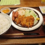 つるかめ食堂 - 日替わり定食@900