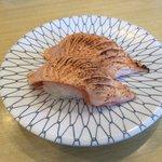宇兵衛寿司 - サーモンあぶり160円(税別)
