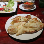 Asian Dining & Bar SAPANA - プレーン・ナン