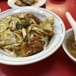 中華料理 小坂飯店 - 料理写真:回鍋肉飯(スープ付き)