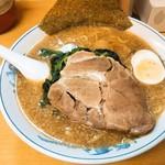 きむら屋 - 料理写真:とんこつ醤油ラーメン+ほうれん草