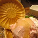 金星パスタ - はちみつアイス最中 とちおとめ苺