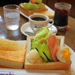 コーヒーハウス マキ - 噂のモーニング