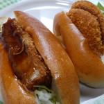 焼きたてパン えとふぇ - 料理写真:エビカツパンにコロッケパン